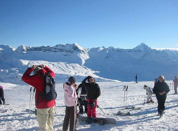 Things to Consider When Booking the Perfect Ski Holiday